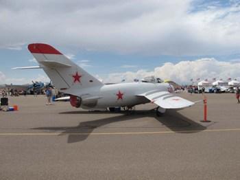Mikoryan MiG-17F (Lim-5) Walk Around