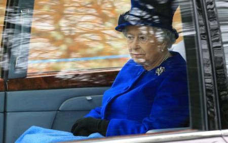 С сайта королевы Великобритании удалили новость о ее смерти
