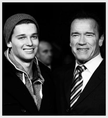 """Арнольд Шварценеггер и Патрик Шварценеггер. 23-летний сын """"Терминатора"""" не бодибилдер как отец, но необычайно привлекателен."""