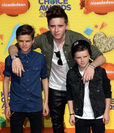 Ромео, второй сын четы Бекхэм, снялся в рекламной кампании Burberry, а в 2014 Бруклин стал первым из юных Бекхэмов, кто получил собственную журнальную обложку.