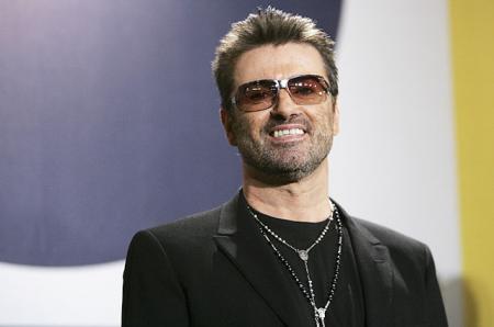 Кузен Джорджа Майкла назвал причиной смерти певца наркотики