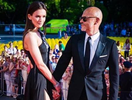 Паулина Андреева и Федор Бондарчук на красной дорожке