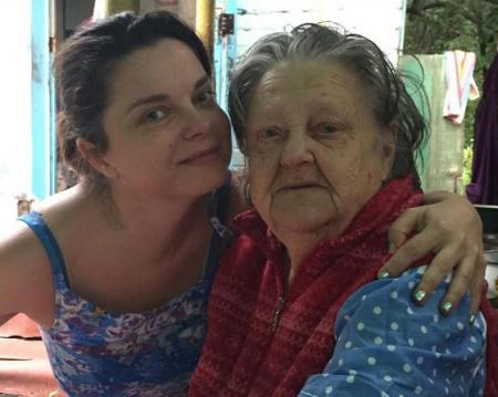 Наташа Королева не может попасть в Киев на похороны бабушки