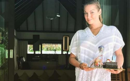 Грудь Анастасии Волочковой в «домике» – снимок голой балерины шокирует откровенностью