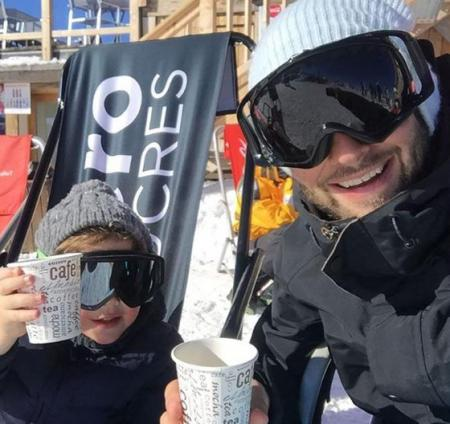 Дмитрий Шепелев увез сына на горнолыжный курорт