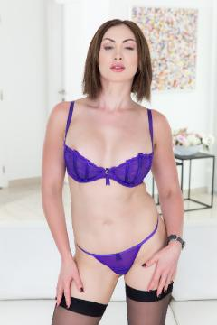 Yasmin Scott - Australian Nice Anal (2017) HD 720p