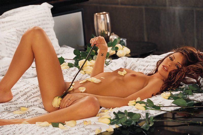 model-erotika-rezyume