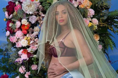 Бейонсе беременна и ждет двойню