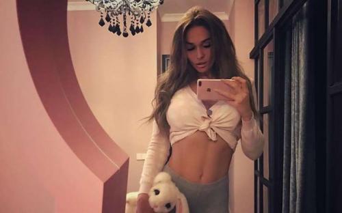«Злая и вечно голодная» Алена Водонаева оскорбила полных людей