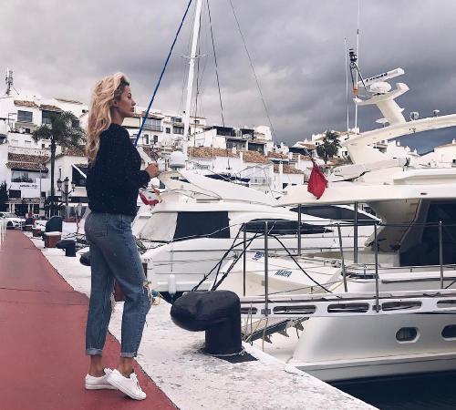Виктория Боня покинула Монако после заявления о разрыве с миллионером