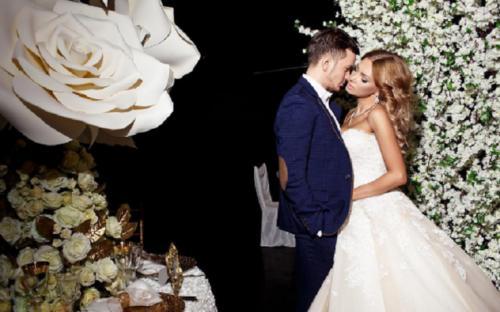 Антон Гусев развелся с Евгенией Феофилактовой из-за своей финансовой несостоятельности