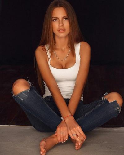 Модель из Екатеринбурга сразится за симпатию жениха на шоу «Холостяк» на ТНТ