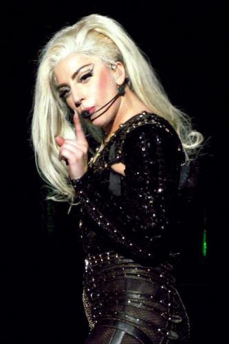 Леди Гага вернула обручальное кольцо Тейлору Кинни