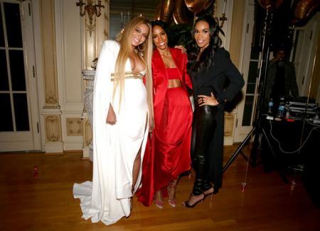 Бейонсе показала фотографии с вечеринки в доме сестры после Грэмми-2017