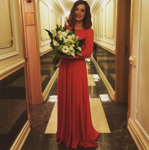 Певица Юлия Савичева впервые стала матерью