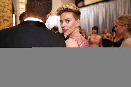 Что за красавчик пришел на «Оскар» со Скарлетт Йоханссон?