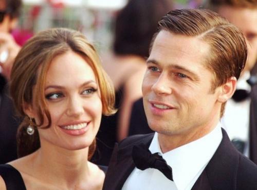 Джоли и Питт ссорятся из-за общей недвижимости во Франции