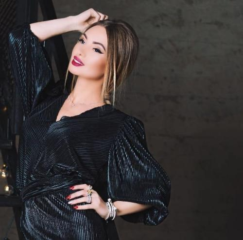 Евгения Феофилактова и Анастасия Смирнова вышли в финал шоу «Инстаграмщицы»