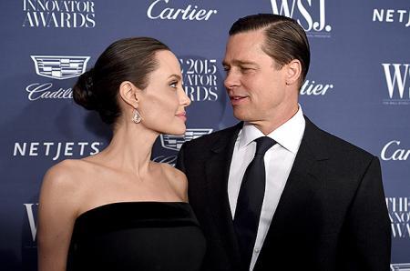 За несколько месяцев до развода Анджелина Джоли и Брэд Питт сделали татуировки, чтобы укрепить свой союз