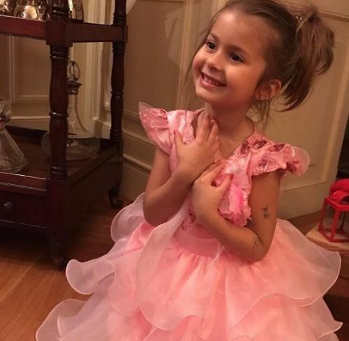 Виктория Боня опубликовала фото своей дочери
