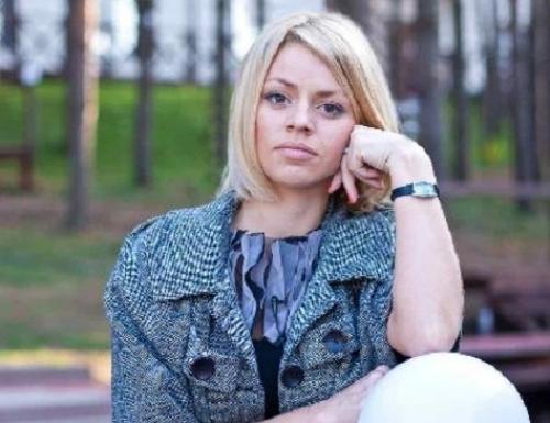 Бывшей участнице шоу «Дом-2» Оксане Стрункиной не выплачивают декретные