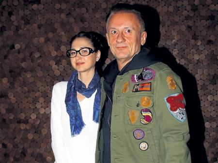 Олега Меньшикова заклевали за желание казаться моложе