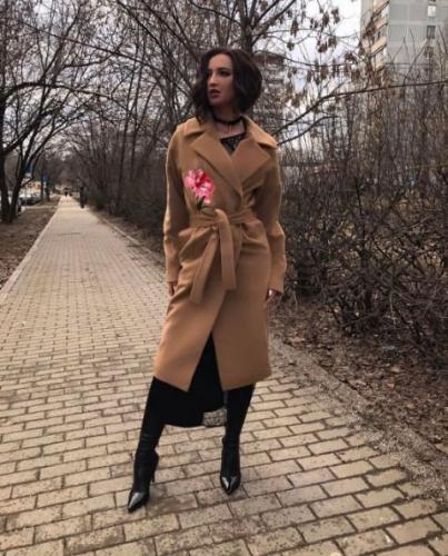 Звезда «Дома-2» Элина Камирен сравнила Бузову с Костюшкиным