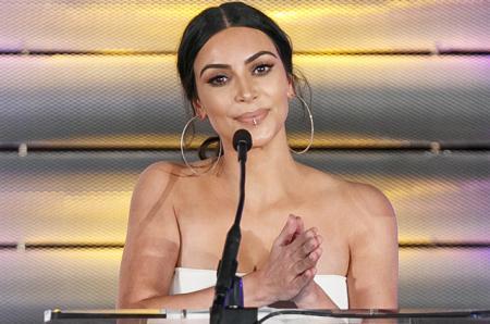 Ким Кардашьян согласилась на операцию, чтобы родить третьего ребенка