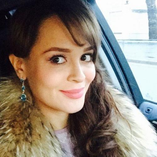 Поклонники Калашниковой не оценили ее новую грудь