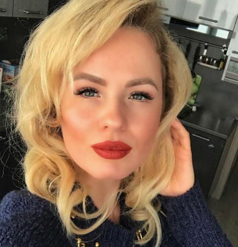 Александра Харитонова попала в аварию