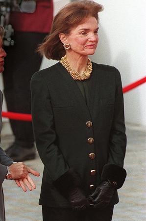 Джекки Кеннеди, 1990-е