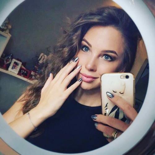 Полина Диброва стала бабушкой