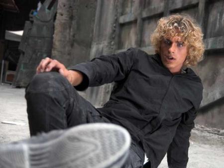 Соседка актера Степанова: «Несколько дней назад он уже падал из окна»