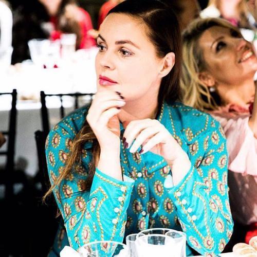 Взрослую дочь Екатерины Андреевой приняли за ее сестру