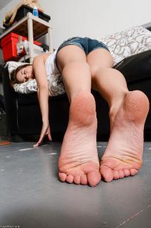 Brunette massage sex