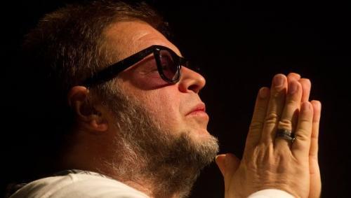 Борис Гребенщиков выступил на площади Орла под открытым небом