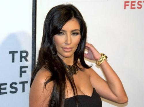Пляжные фото Ким Кардашьян без «фотошопа» повергли в шок пользователей Сети