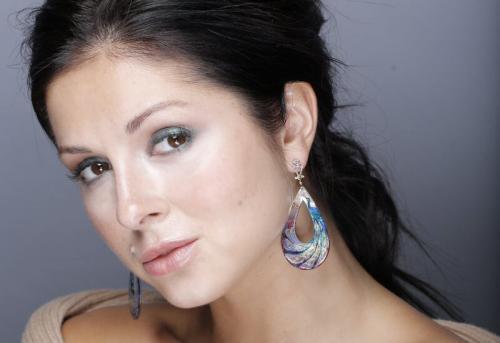 Певица Нюша внесена в базу украинского сайта