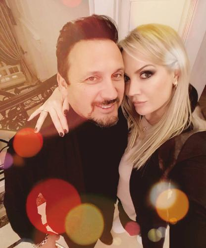 Жена Стаса Михайлова публично призналась ему в любви