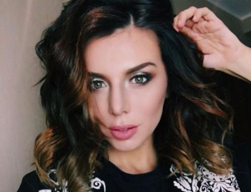 Анна Седокова сводит мужчин с ума новой эротической фотографией