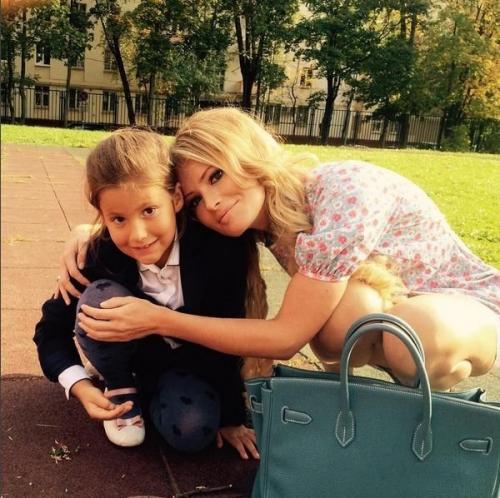 Дочь Даны Борисовой попросила вернуть ей маму