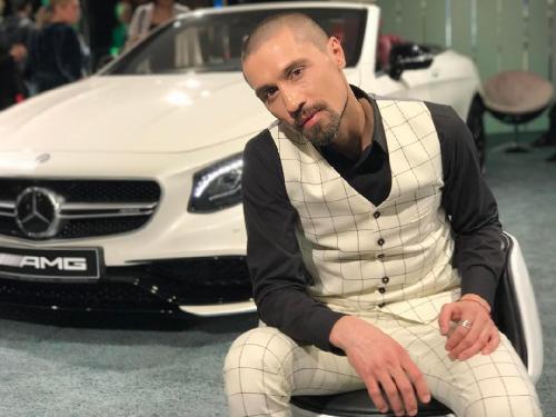 Дима Билан признался, зачем побрился наголо