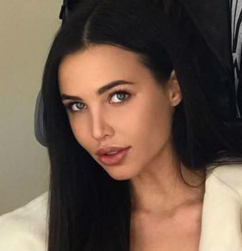 Мама Анастасии Решетовой развеяла слухи об операциях дочери